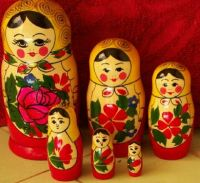 TRADITIONAL RUSSIAN NESTING DOLL 6 PCS LARGE