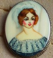 LADY FROM 19-20 CENTURY  PIN